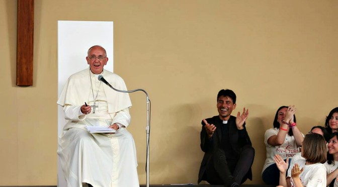 Papa Francesco, i giovani e la castità.