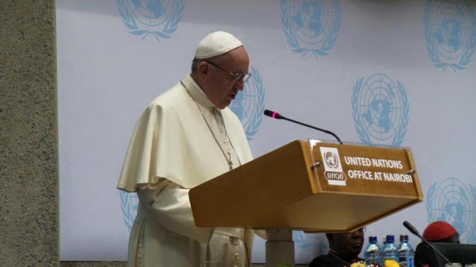 Papa Francesco: Per seguire Gesù si entra passando per la porta, non dalla finestra