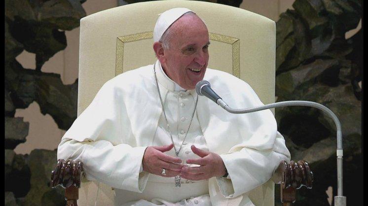 Papa Francesco: l'economia serva l'uomo e non si serva dell'uomo