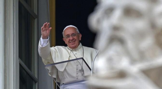 Papa Francesco: i poveri sono al centro del Vangelo