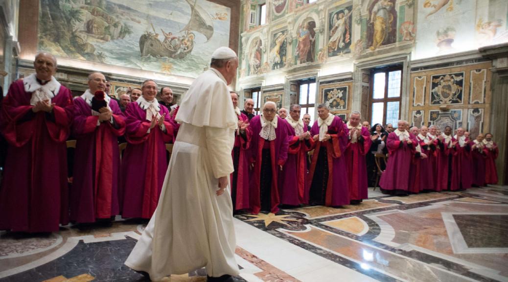 Papa Francesco: non confondiamo la famiglia con altri tipi di unione