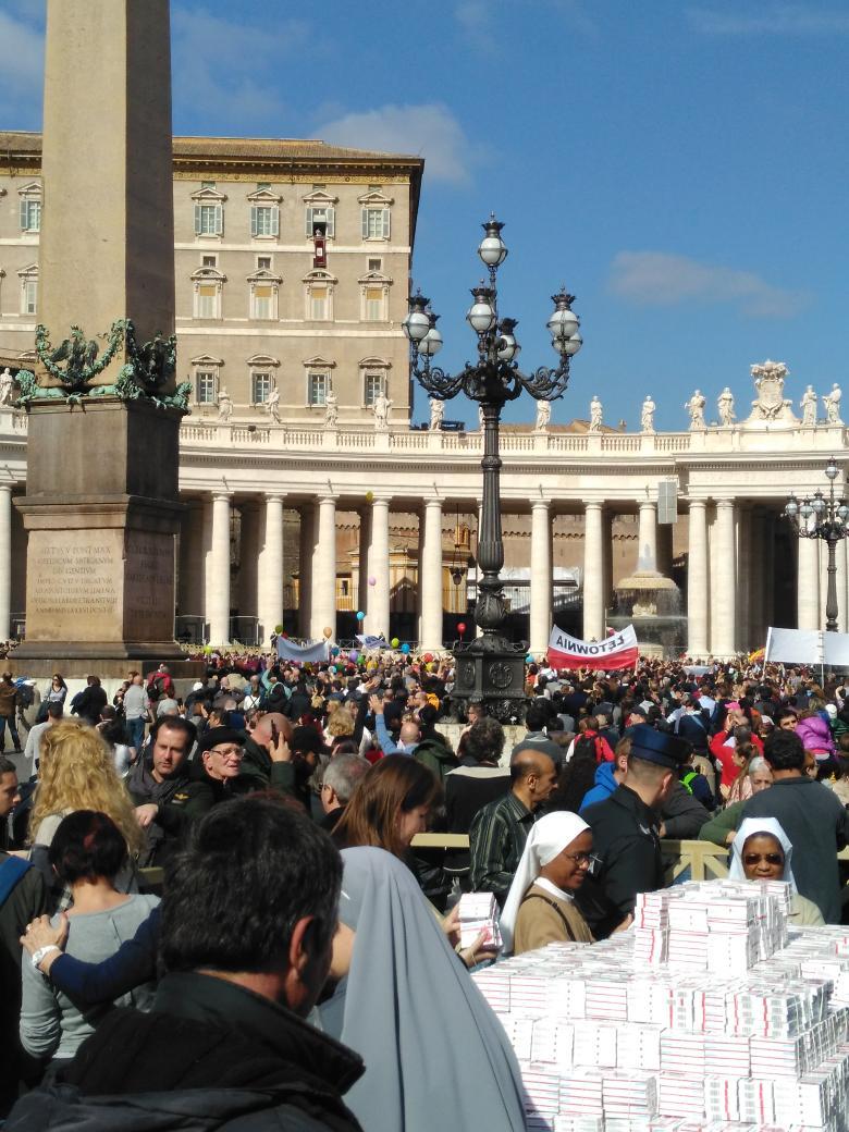 Il Papa all'Angelus: Nessuna condanna a morte durante il Giubileo