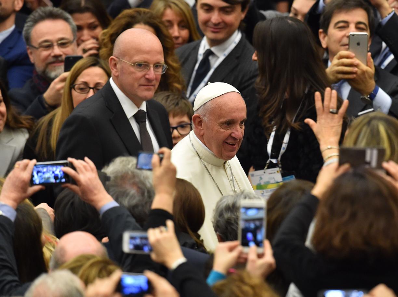 Il Papa agli industriali: al centro di ogni impresa vi sia l'uomo