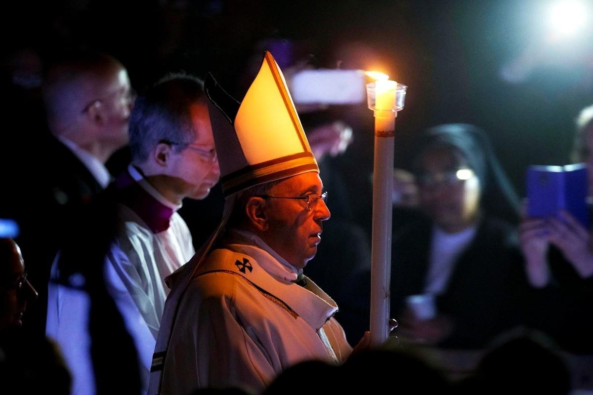 Papa Francesco ai consacrati: i carismi non si chiudano in bottiglia.