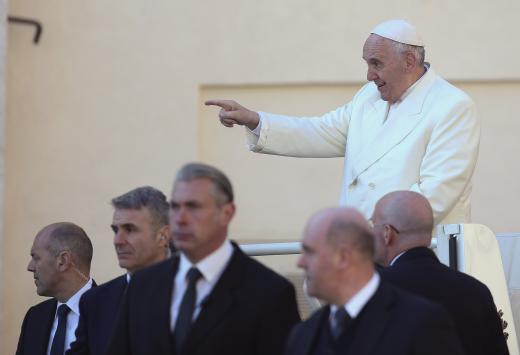 Papa Francesco: La Chiesa non ha bisogno di soldi sporchi!