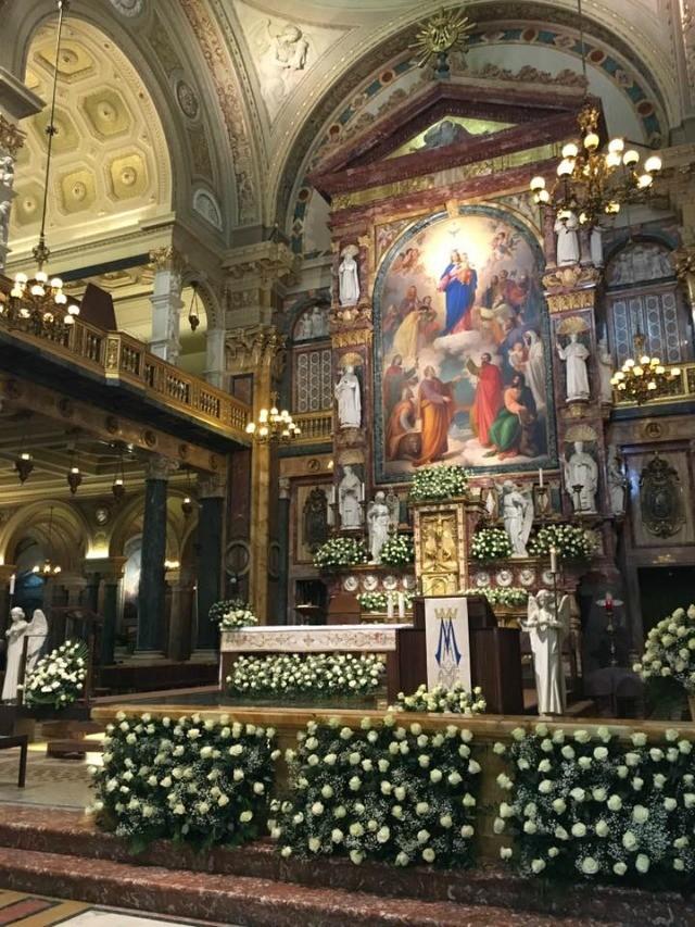Nella Basilica voluta da San Giovanni Bosco, Mons. Nosiglia ha celebrato la Santa Messa per la festa di Maria Ausiliatrice.