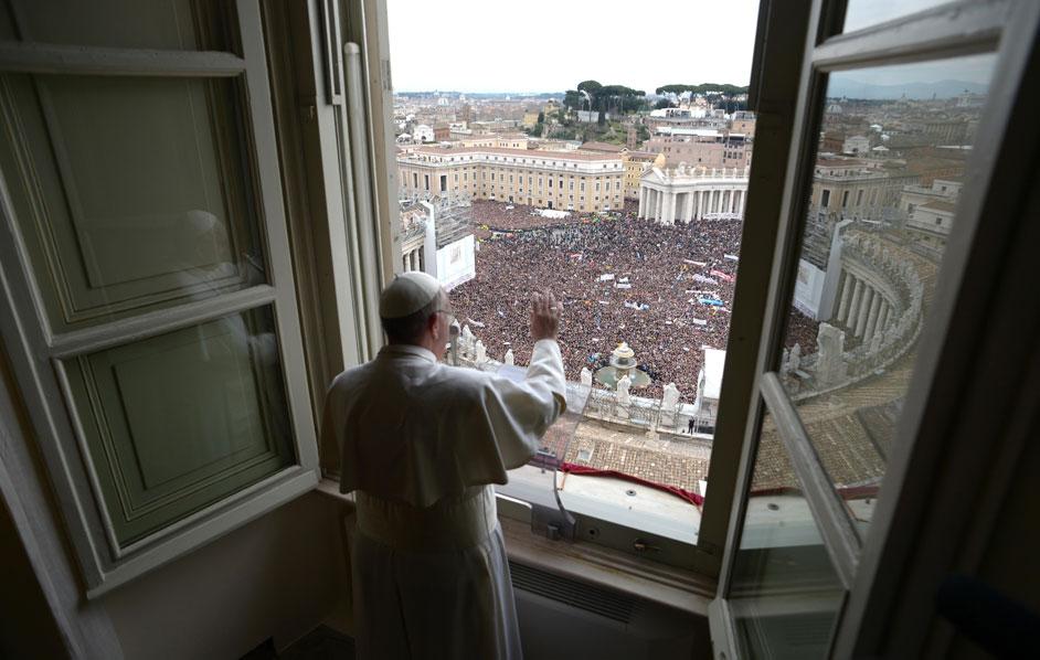 Papa Francesco: Punire severamente chi abusa dei minori.