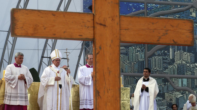 I giovani attorno alla Croce. 30 anni di GMG