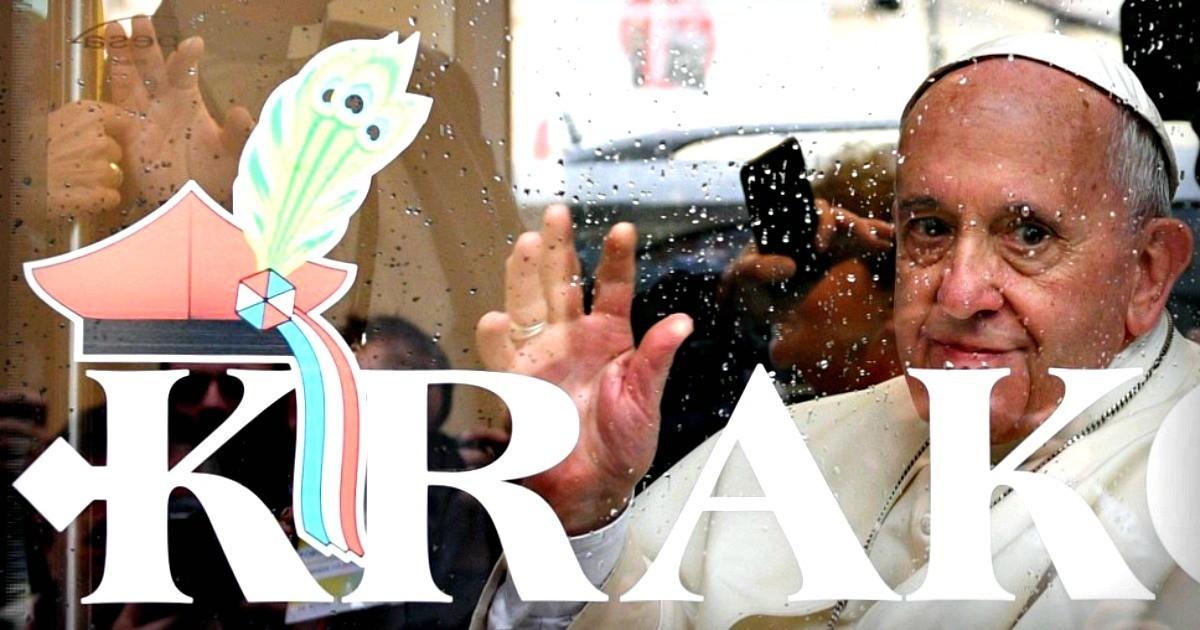 Il Papa che viaggia in tram... e dà la carica ai giovani