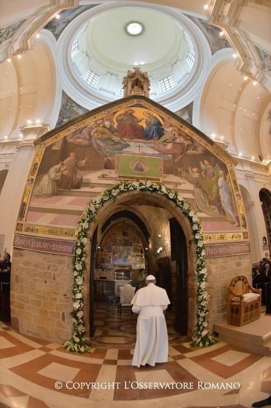 Francesco ad Assisi: Il perdono di Dio non conosce limiti