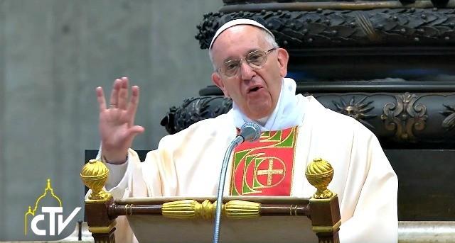 Il Papa: oggi più che mai abbiamo bisogno di pace