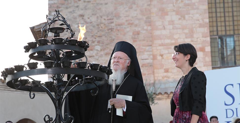 Assisi. Il Papa: non soffochiamo il grido di pace dei sofferenti