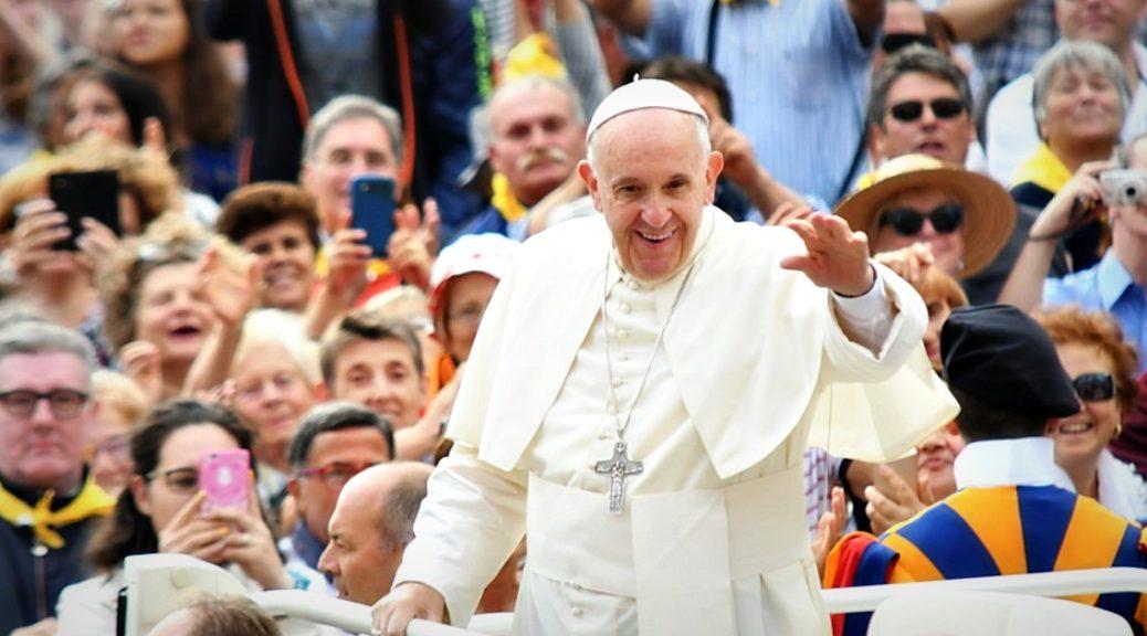 Il Papa e quel dialogo che abbatte i muri delle incomprensioni