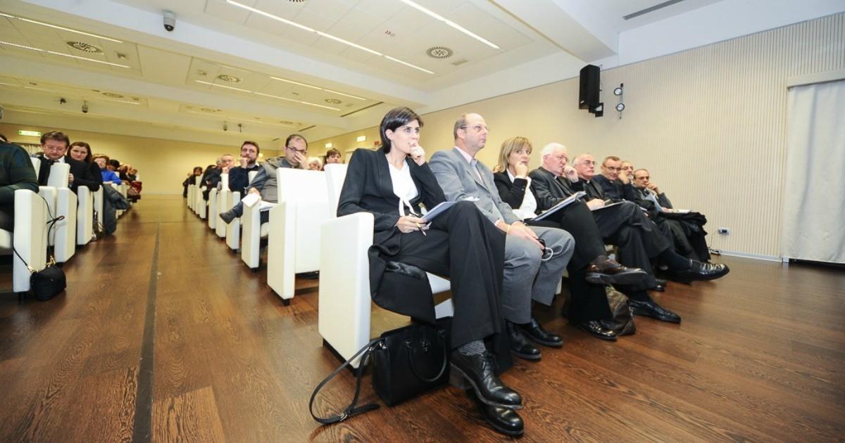 Agorà Sociale: impegni concreti per ridare fiducia ai giovani