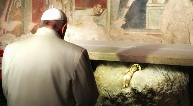 Un viaggio tra le figure del presepe ci porta a scoprire il mistero di Dio