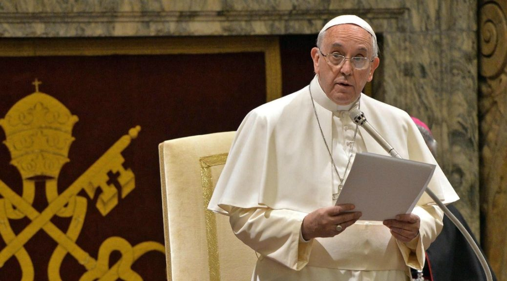 Non sono le rughe che nella Chiesa si devono temere, ma le macchie!