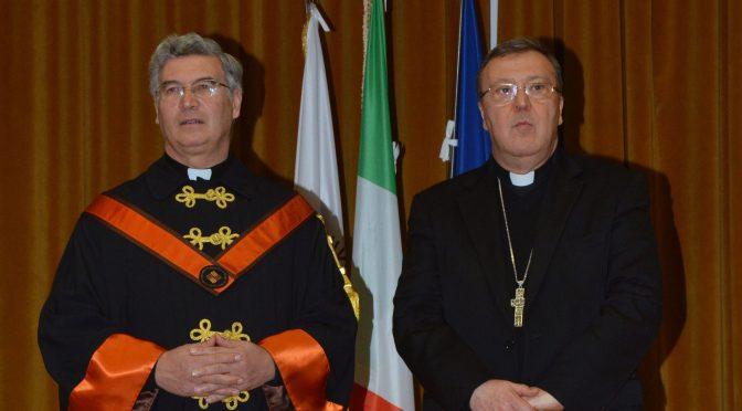 Rettore Padre Pedro Barrajón LC con il Vescovo Mons. Leuzzi